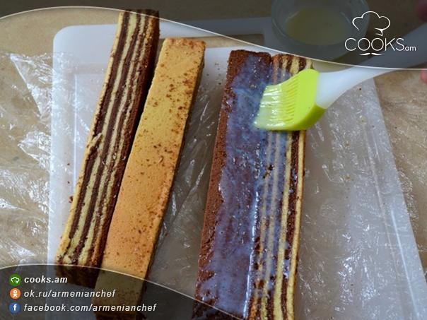 tort-sarawak-layer-cake-5