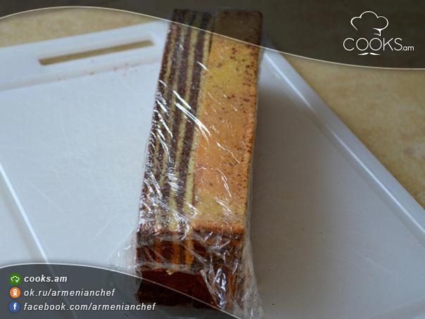 tort-sarawak-layer-cake-6