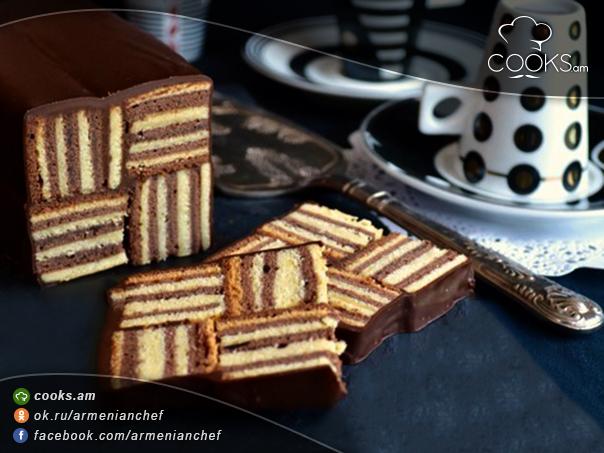 tort-sarawak-layer-cake-8