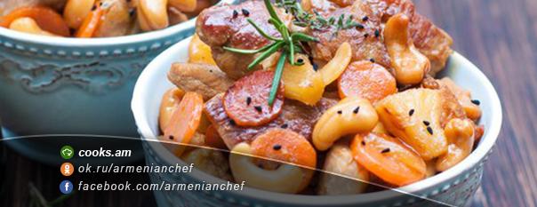 Խոզի միս սոյայի սոուսով և բանջարեղենով