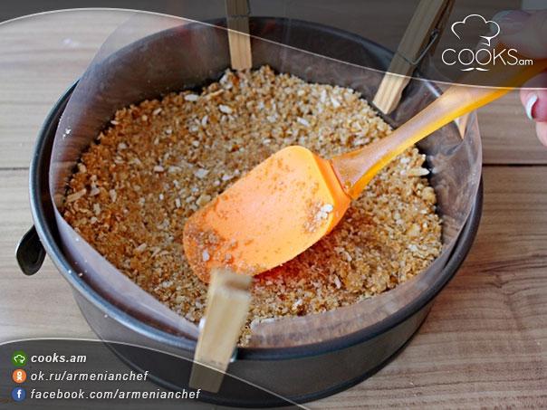 serucqayin-kremov-bananov-tort