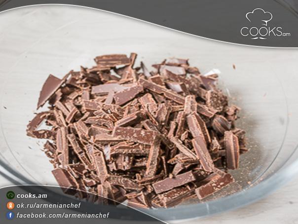 shokoladov-ev-meghrov-tort-2