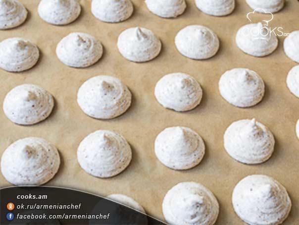 Ամարետտի-իտալական-թխվածքաբլիթ-6