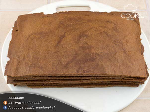 Շոկոլադով-ու-մեղրով-տորթ-10