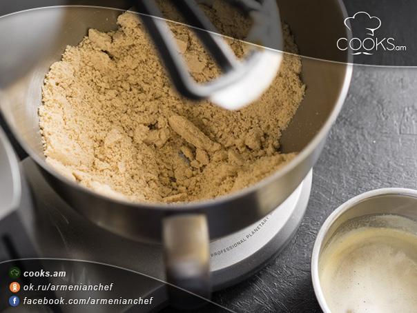 Մեղրով-թխվածքաբլիթներ-5