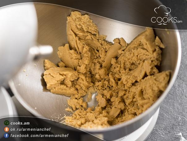 Մեղրով-թխվածքաբլիթներ-6