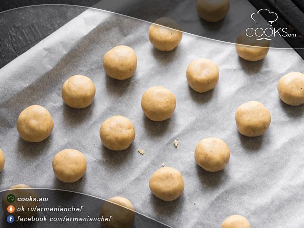 Մեղրով-թխվածքաբլիթներ-8